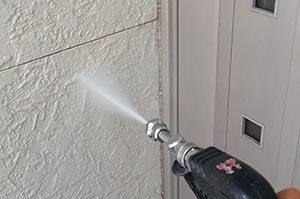 外壁サイディングを定期的に高圧洗浄する