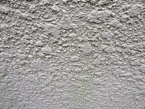 築15年以上の外壁モルタルのお宅はそろそろ「塗り替え等のメンテナンス」が必要です!