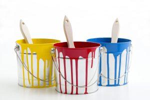 シロウトにもわかる外装塗装工事における6種類の塗料別相場価格&耐年数の比較